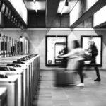 地下鉄 改札